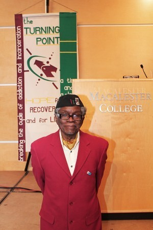 Caption: Mahmoud El-Kati was honored by Turning Point at Macalester College on Friday, February 15. Photo by Walter Marmillion