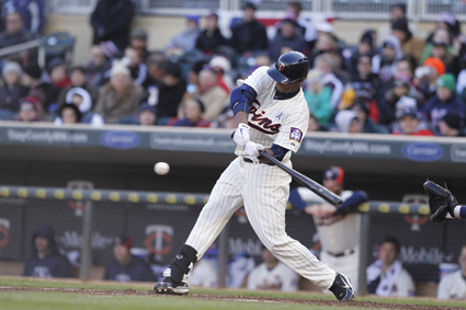 Aaron Hicks takes a swing. Photo courtesy of Twins