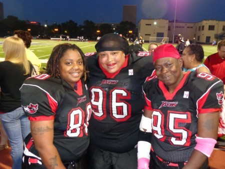 "Vixen players, helmets off: (l-r) Angela Griffin, Cynthia ""Red"" Bryant, Drue Barber Photos by Charles Hallman"