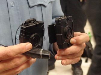 Police get community feedback on body cams