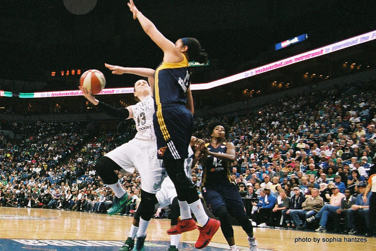 Lindsay Whalen in action