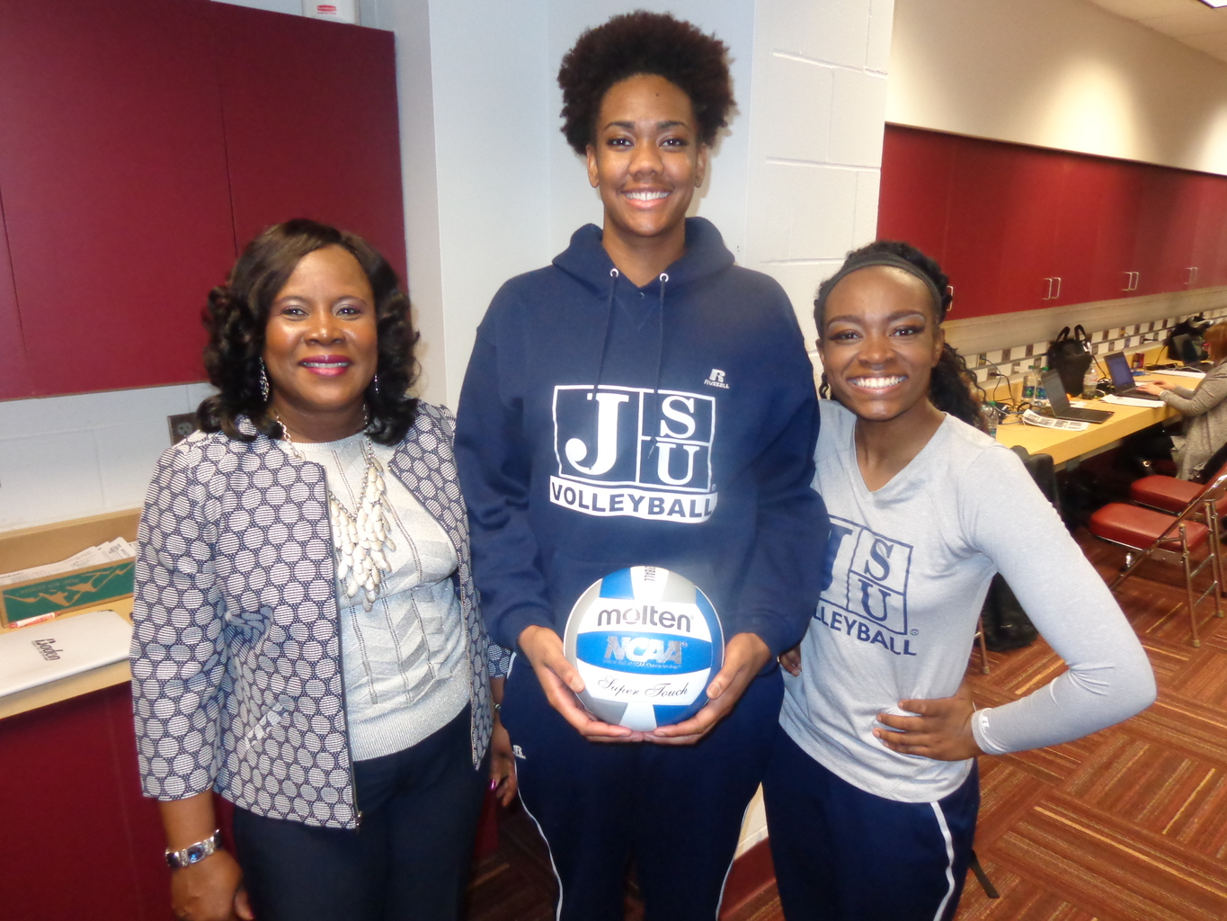 (l-r) Jackson State Coach Rose Washington and seniors Alexsis Ford and Keirsten Howard