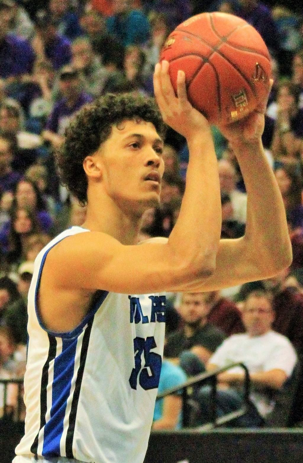 Isaac Johnson scored 18 points for Minneapolis North in the state Class A title game.