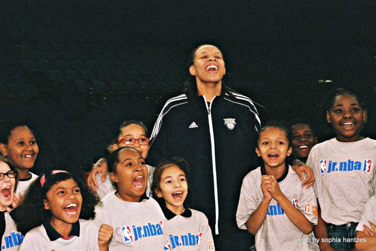 Seimone Augustus with attendees