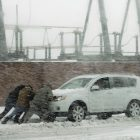 A mid-season reminder of safe winter driving tips