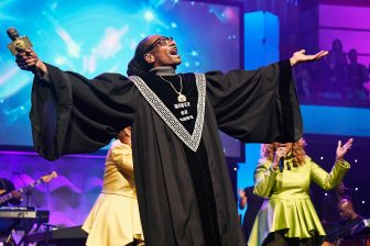 Snoop didn't disappoint at Super Bowl Gospel Celebration