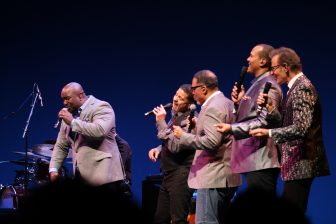 Take 6 and Manhattan Transfer joust in fun at the Ordway