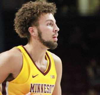 Gophers defeat Louisville in NCAA opener 86-76
